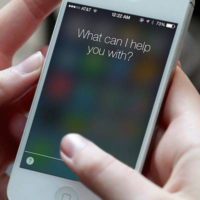 New iPhone Vulnerability: Lock Screen Can Leak Your Contacts!
